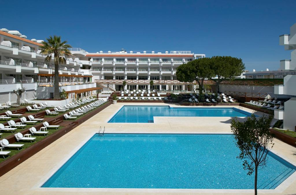 Transfers from Faro Airport to Aqualuz Apartments