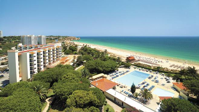Transfers from Faro Airport to Hotel Pestana Dom Joao