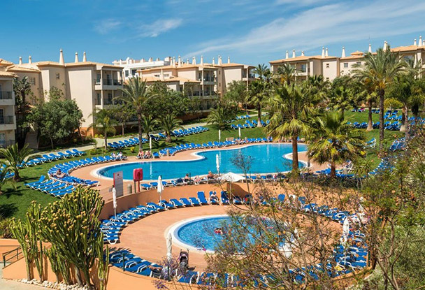 Transfers from Faro Airport to Clube Humbria