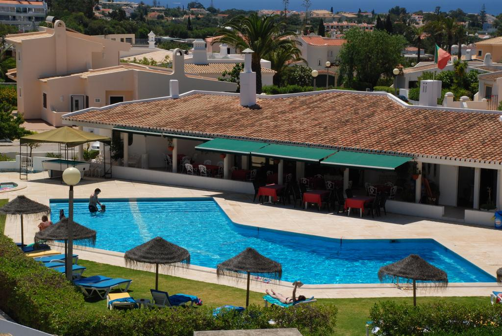 Transfers from Faro Airport to Vila Nova Apartments