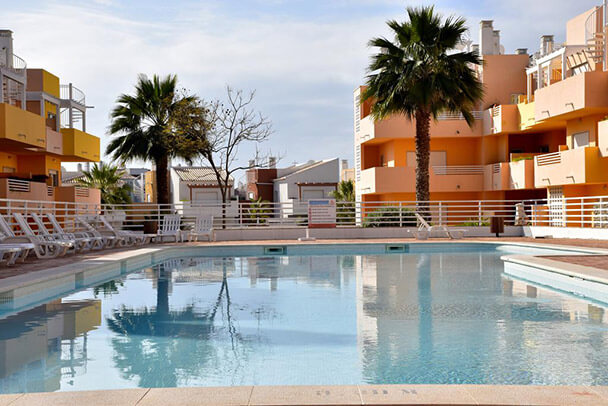 Transfers from Faro Airport to Royal Cabanas Golf Apartments