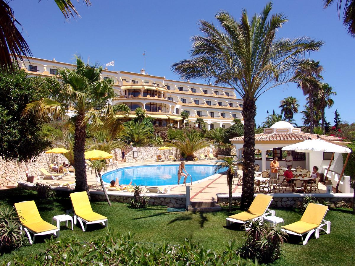 Transfers from Faro Airport to Hotel Casabela