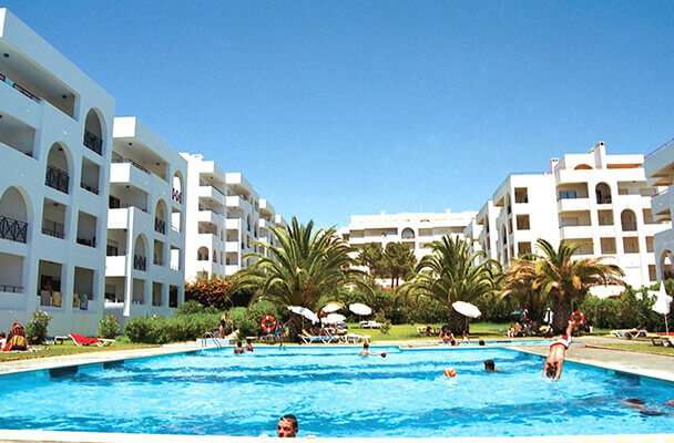 Transfers from Faro Airport to Terrace Club Hotel