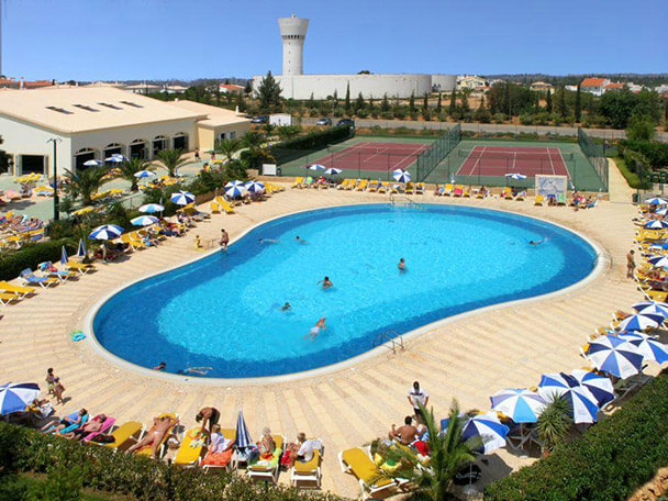 Transfers from Faro Airport to Oasis Parque Country Club