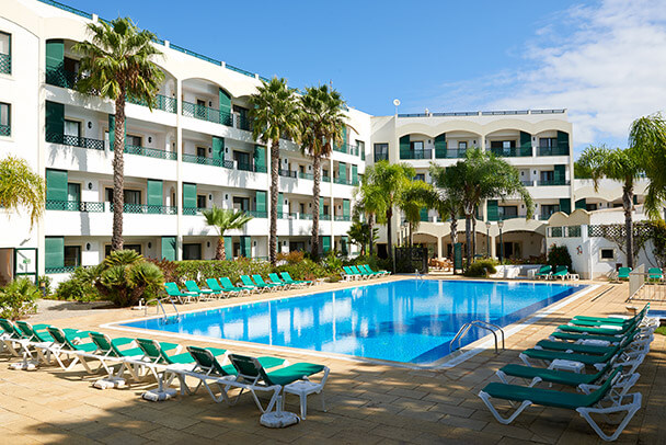 Transfers from Faro Airport to Formosa Park Apartment Hotel