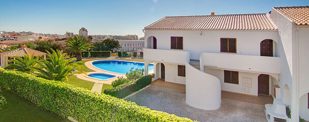 Transfers from Faro Airport to Crisgolf Apartments