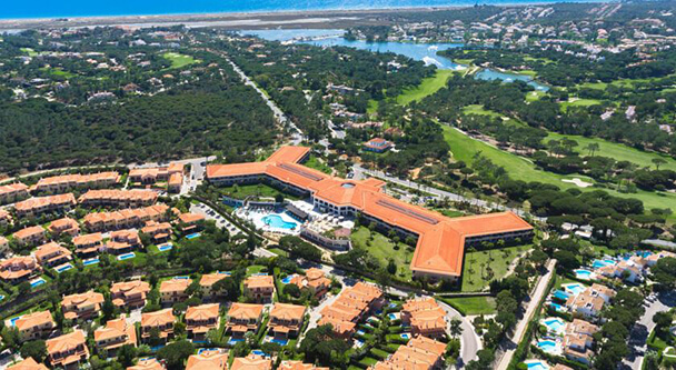 Transfers from Faro Airport to Monte da Quinta Resort
