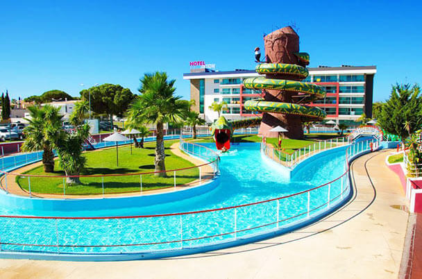 Transfers from Faro Airport to Aqua Show Park Hotel