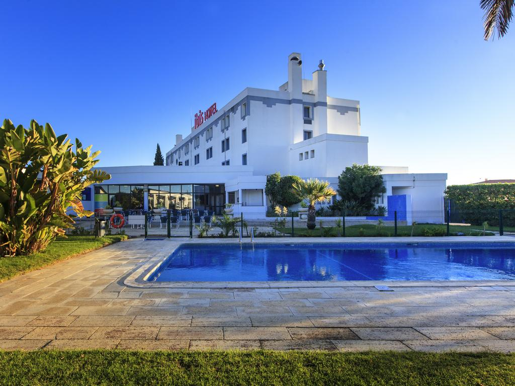 Transfers from Faro Airport to Hotel Ibis Faro Algarve