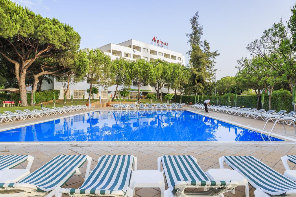 Transfers from Faro Airport to Alpinus Algarve Hotel
