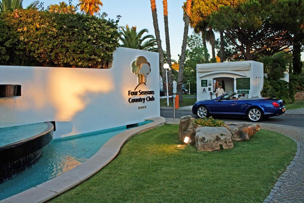 Transfers from Faro Airport to Four Seasons Country Club Quinta do Lago