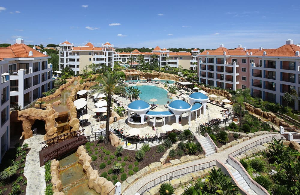 Transfers from Faro Airport to Hilton as Cascatas Vilamoura