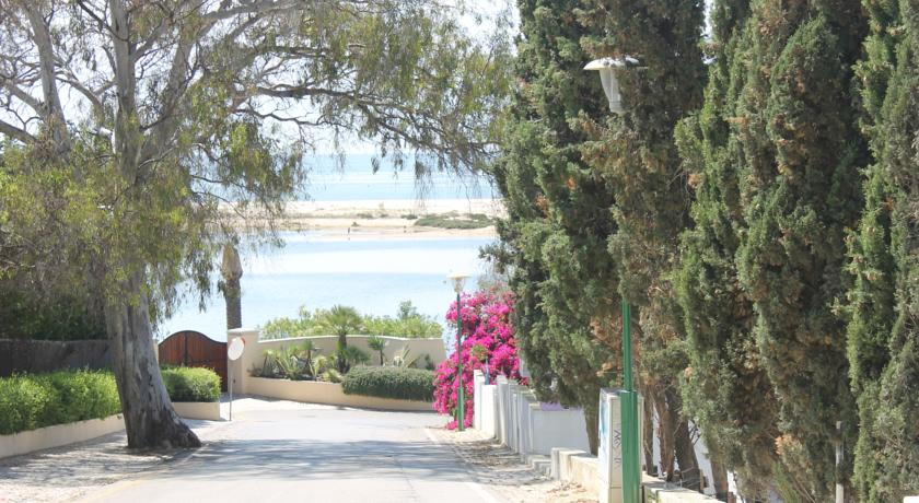 Transfers from Faro Airport to Fabrica Beach Apartments