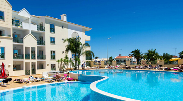 Transfers from Faro Airport to Hotel Apartamento Forte do Vale