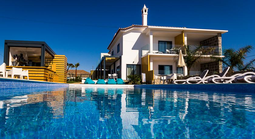Transfers from Faro Airport to Mareta Beach House - Boutique Residence